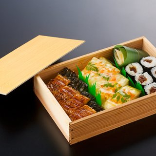 高級ホテルの職人技とおもてなしを持ち帰る幸せ。ホテル・アゴーラ大阪守口「箱寿司」
