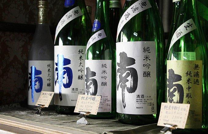 【保存版】日本酒の楽しみ方を知るプロ10人が選んだ銘酒10本