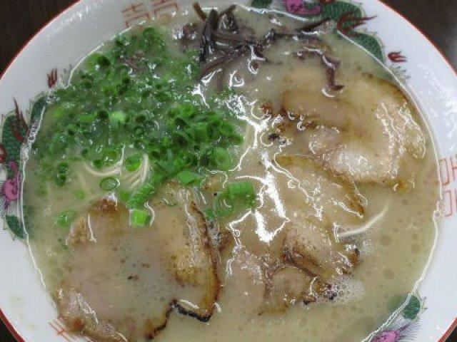 福岡出身者が選ぶ!福岡で食べてほしい豚骨ラーメン記事5選