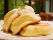 大阪のふわふわパンケーキが都内上陸!表参道で幸せを味わおう