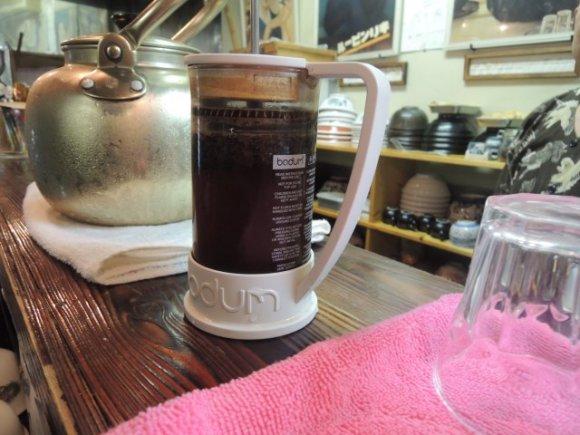「コーヒーラーメン」が驚くほど美味!人気店の衝撃的な意欲作