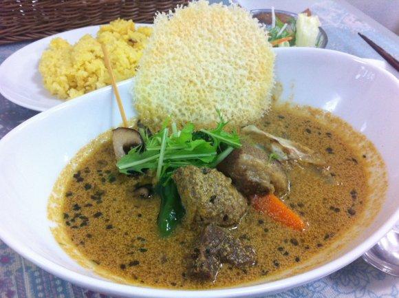 神保町はカレーの聖地!食べると世界が変わる本当におすすめな人気店6選