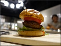あの格之進に新店登場!熟成肉と肉肉しいハンバーガーを実食!