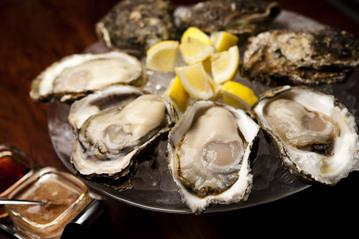 Oyster bar&Wine BELON神保町店