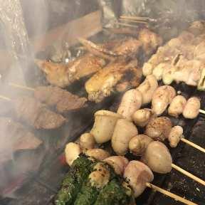 鶏・串焼き といろ