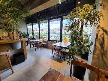 zukekura DELI&CAFE
