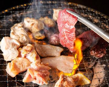 炭火焼肉と本格辛麺 とんぱち
