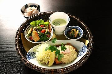 Kisaki CAFE MIYANOSHITA(キサキカフェ ミヤノシタ)