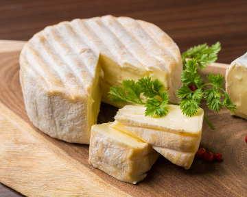 ラクレットチーズ×肉 CANARIA赤坂店