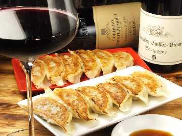 鴨餃子とワイン オペレッタ52福島店