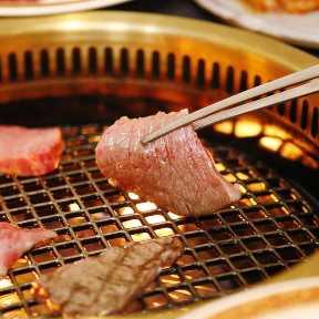 厳選された黒毛和牛を味わえる完全個室焼肉 ITADAKI 町田店