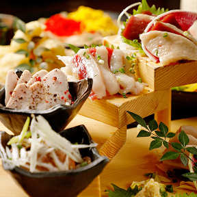 博多もつ鍋と馬刺し料理さつま武蔵 田町店