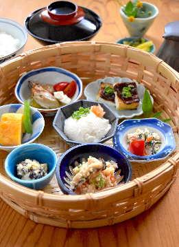手作り豆腐とおばんざい天水分(あめのみくまり)
