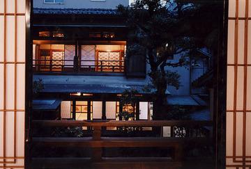 浅草寺門前 すき焼き日本料理今半 別館
