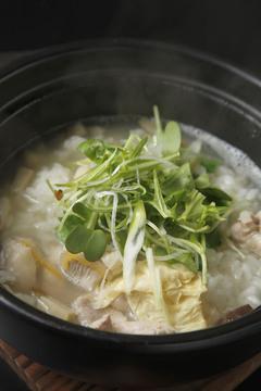 茶鍋カフェkagurazaka saryo 池袋サンシャインシティー店