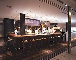 PIZZA SALVATORE CUOMO& BAR 新宿[新宿野村ビル]