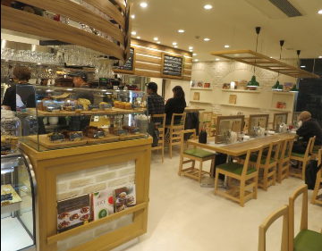 TRATTORIA BASIL(トラットリアバジル)関内馬車道店