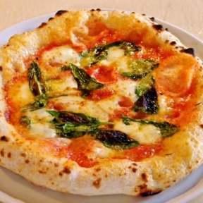Pizzeria Circolo(チルコロ)