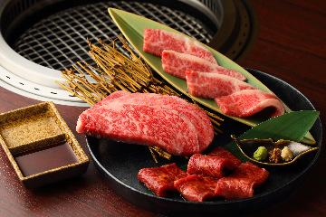 黒毛和牛一頭買い焼肉と炊き立て土鍋ご飯 市場小路 烏丸店