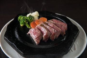 焼肉&ステーキ 美ら恩納冨着店