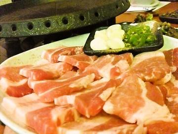 サムギョプサル食べ放題 豚まに