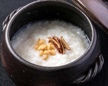 吉祥寺「ダイヤ街」にある韓国伝統料理「ど韓」の …