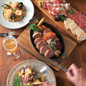 石窯料理とクラフトビール ROAST(ロースト) (肥 …