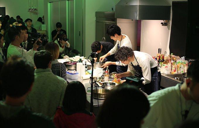 真の料理男子は誰だ!キッチンで繰り広げられる壮絶なバトル「COOK BOSS」