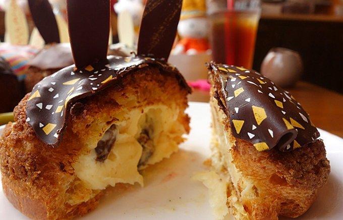 パンパンぎゅうぎゅう!とろ~りクリームが自慢の東京の超濃厚シュークリーム