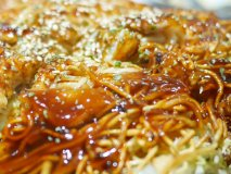 広島の味を東京で堪能!名物のオリジナルお好み焼き「国泰寺焼き」は必食