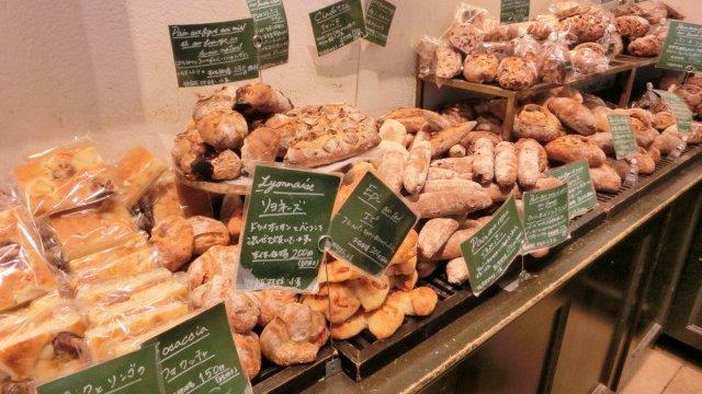 【新宿 パン】駅直結で気軽に立ち寄れる美味しいパン屋6選 ...