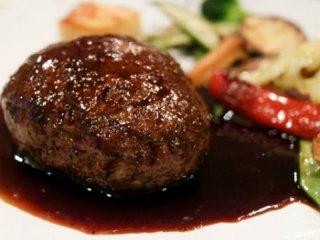 鹿肉のハンバーグも!フレンチレストラン級の料理を手頃に頂けるビストロの記事で紹介されました