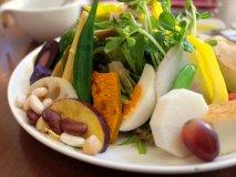 800円でこの満足度!野菜たっぷりランチが魅力の銀座の穴場カフェ