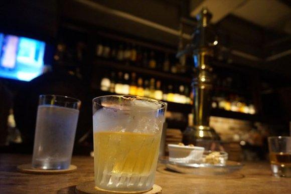 初めてでも安心!デートで重宝する財布に優しい東京のバー5選の記事で紹介されました