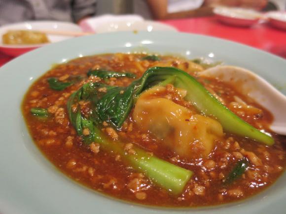 醤油は厳禁!赤坂「珉珉」の餃子はお酢とコショウで食べるべし