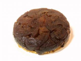 【オーボンヴュータン】りんごの収穫期だけ味わえるタルト・タタンは必食