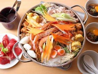 辛くない火鍋も人気!1度に2つの味が楽しめてお得な本格台湾火鍋コースの記事で紹介されました