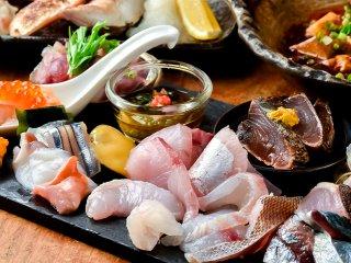 誰もが驚くランチは圧巻!夜は最高級の鮮魚と日本酒を堪能できる隠れ家店の記事で紹介されました
