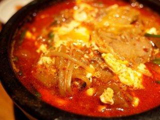 夏の銀座で食べたい辛旨ランチ!行列が出来る韓国家庭料理の店の記事で紹介されました