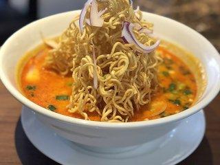 日本人好みの味!どれを食べても美味しすぎる高コスパのタイ料理店の記事で紹介されました