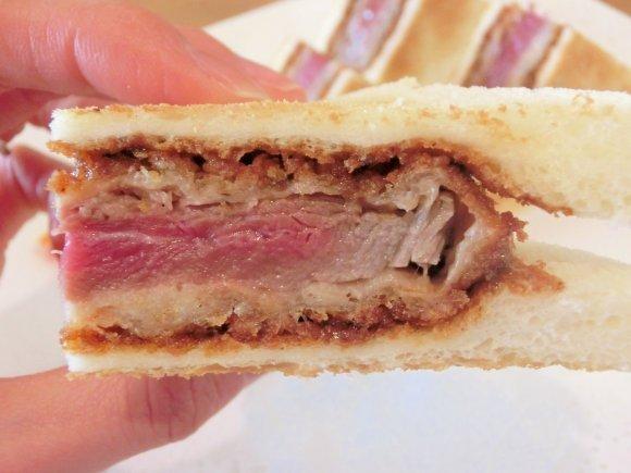 「牛カツ」ブームが止まらない!東京都内で食べられる店6記事
