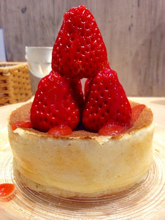 銀座でパンケーキ!フルーツたっぷりで幸せ気分になるお店7選