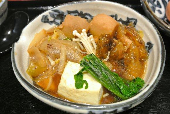 米好きの楽園!TKGもとろろご飯も楽しめる釜炊きご飯ランチ