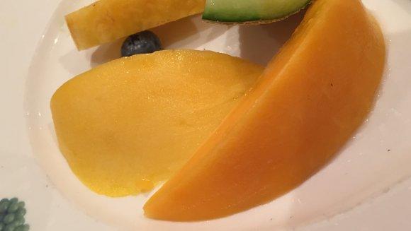 朝の果物は金!東京駅でフルーツたっぷりヘルシーモーニング