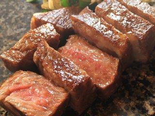 松阪牛専門店で黒毛和牛ステーキ!地上200mの絶景ランチは千円からの記事で紹介されました