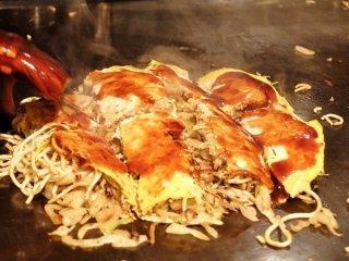 広島「風」じゃない!地元民も納得の本格派お好み焼きを都内での記事で紹介されました