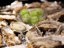 牡蠣ってこんなに美味しかった?食通が心から薦める「何度も通いたい店」