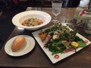 想像以上のデカ盛りサラダ付き!野菜がたっぷり摂れる大満足パスタセットの記事で紹介されました