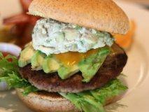 アボカド好きにはたまらない!アボカド尽くしのハンバーガーが美味すぎる
