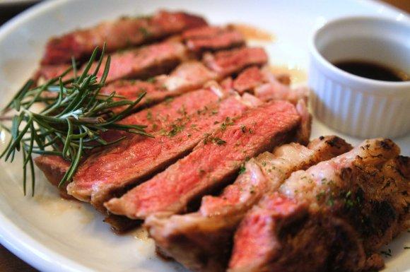 ワニ!カンガルー!アボトン!激レア肉料理がいただける肉バル